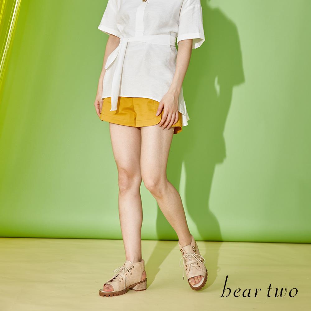 beartwo 簡約排釦俏麗短褲(三色)