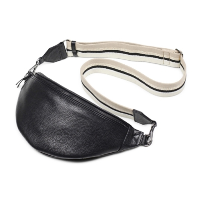 MARKBERG Elinor 丹麥手工牛皮時尚艾利諾寬帶腰包 胸包 斜背包(極簡黑)
