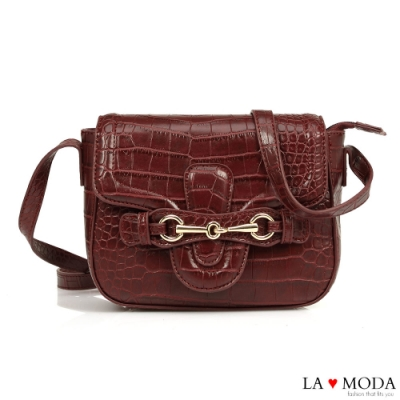 La Moda 時尚創意蛇紋壓紋大容量肩背斜背方包(酒紅)