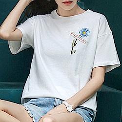 初色  百搭刺繡圓領T恤-白色-(M-2XL可選)