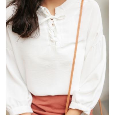 JILLI-KO 甜美繫帶領純色上衣- 白色