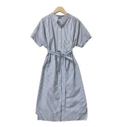 抓摺排扣拼接線條洋裝 TATA-(M~XL)