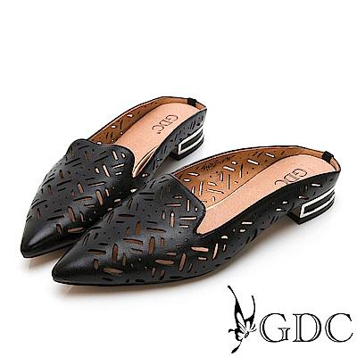 GDC-真皮歐美質感簍空雕刻尖頭舒適半拖-黑色