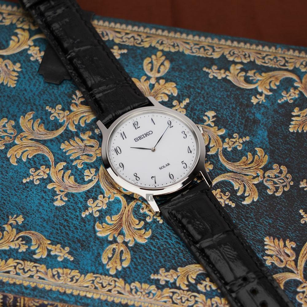 SEIKO精工 SOLAR 太陽能簡約手錶(SUP863P1)-白/38mm