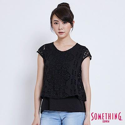 SOMETHING 蕾絲假兩件短袖T恤-女-黑色