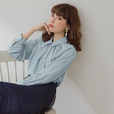 純色襯衫領抽皺滑順簡約長袖上衣-OB大尺碼