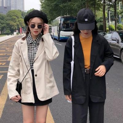 La Belleza素面雙口袋一粒釦雙領翻領西裝外套