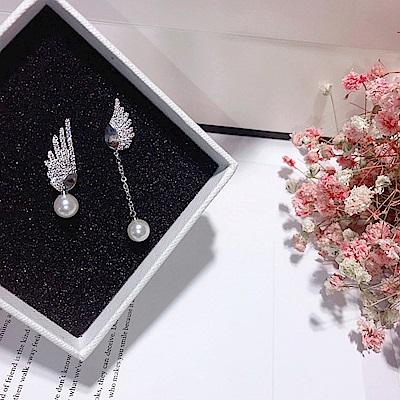 梨花HaNA  韓國925銀針精緻翅膀夢想珍珠耳環