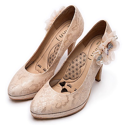 DIANA波爾多蕾絲飾釦晚宴跟鞋-漫步雲端厚切瞇眼美人款–裸