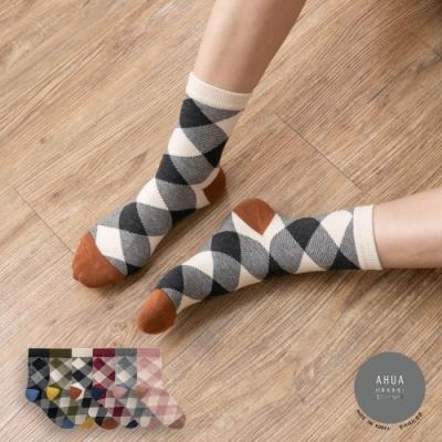 阿華有事嗎  韓國襪子 拼色前跟菱形格紋中筒襪 K0898 韓妞必備 正韓百搭純棉襪