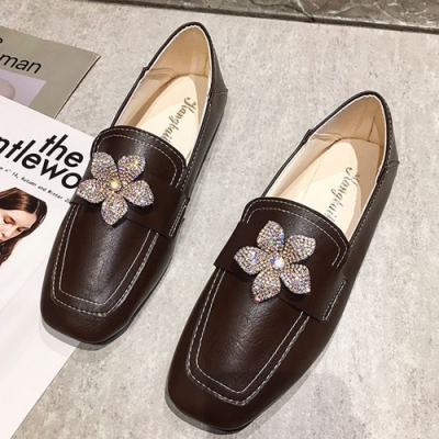 KEITH-WILL時尚鞋館 賣瘋了甜美水讚花朵樂福鞋-棕