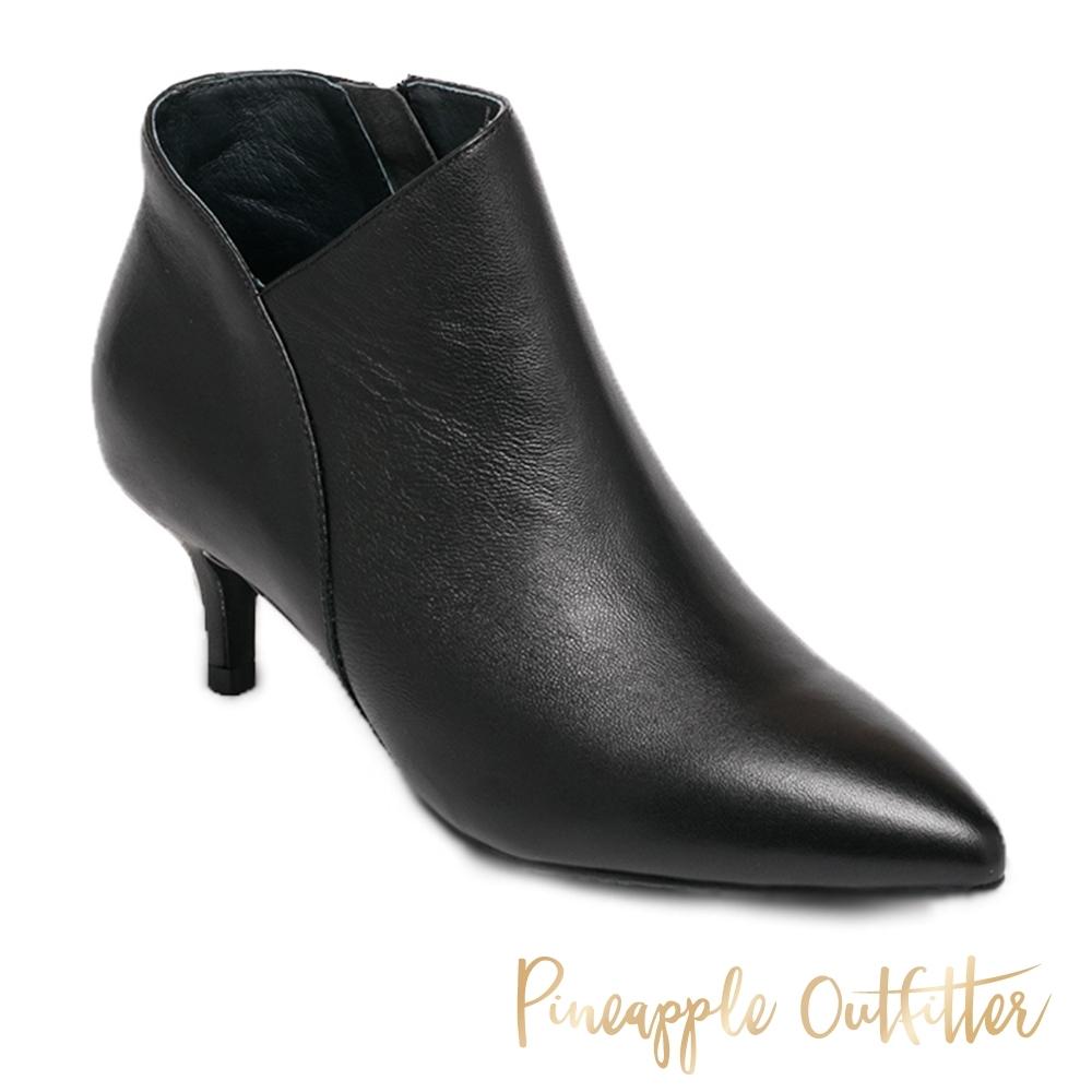 Pineapple Outfitter-BALLARI 迷人曲線真皮拉鍊低跟短靴-黑色