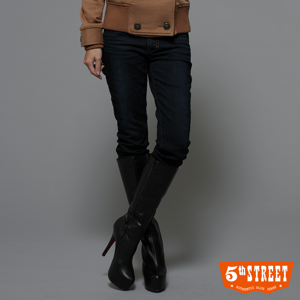 5th STREET漫遊品味取線高腰靴型牛仔褲-女-酵洗藍