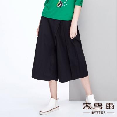 【麥雪爾】棉質打摺鬆緊腰身八分褲裙-黑