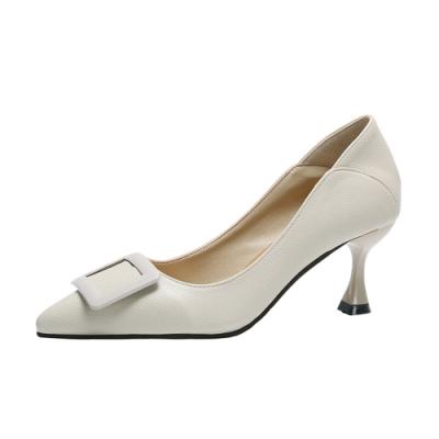 KEITH-WILL時尚鞋館 好評加碼英倫復古百搭尖頭細跟鞋-米