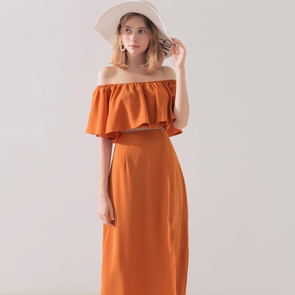 AIR SPACE 雙層荷葉一字領開衩裙套裝(橘)