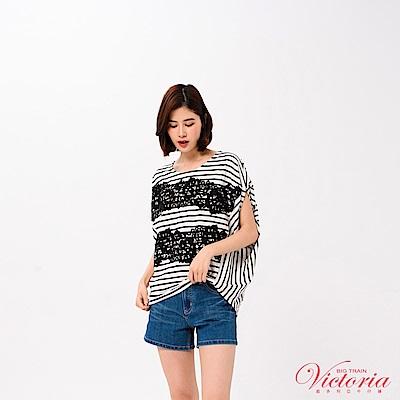 Victoria  刺繡蕾絲剪接寬鬆短袖T-女-白色