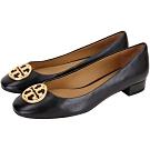 TORY BURCH Chelsea 黃銅標誌納帕牛皮低跟鞋(黑色)