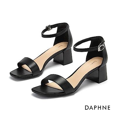 達芙妮DAPHNE 涼鞋-簡約一字帶方頭繫踝粗跟涼鞋-黑色