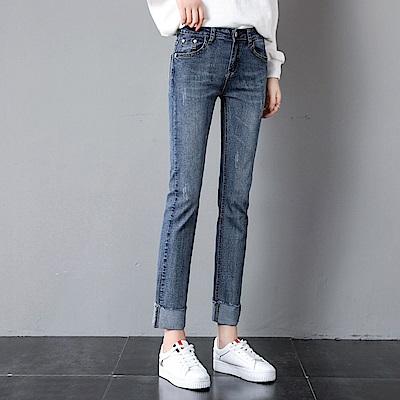 ALLK 褲腳反摺9分牛仔褲 淺藍色(尺寸27-31腰)