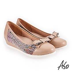 A.S.O 新式復古 異材質拼接真皮低跟鞋 卡其
