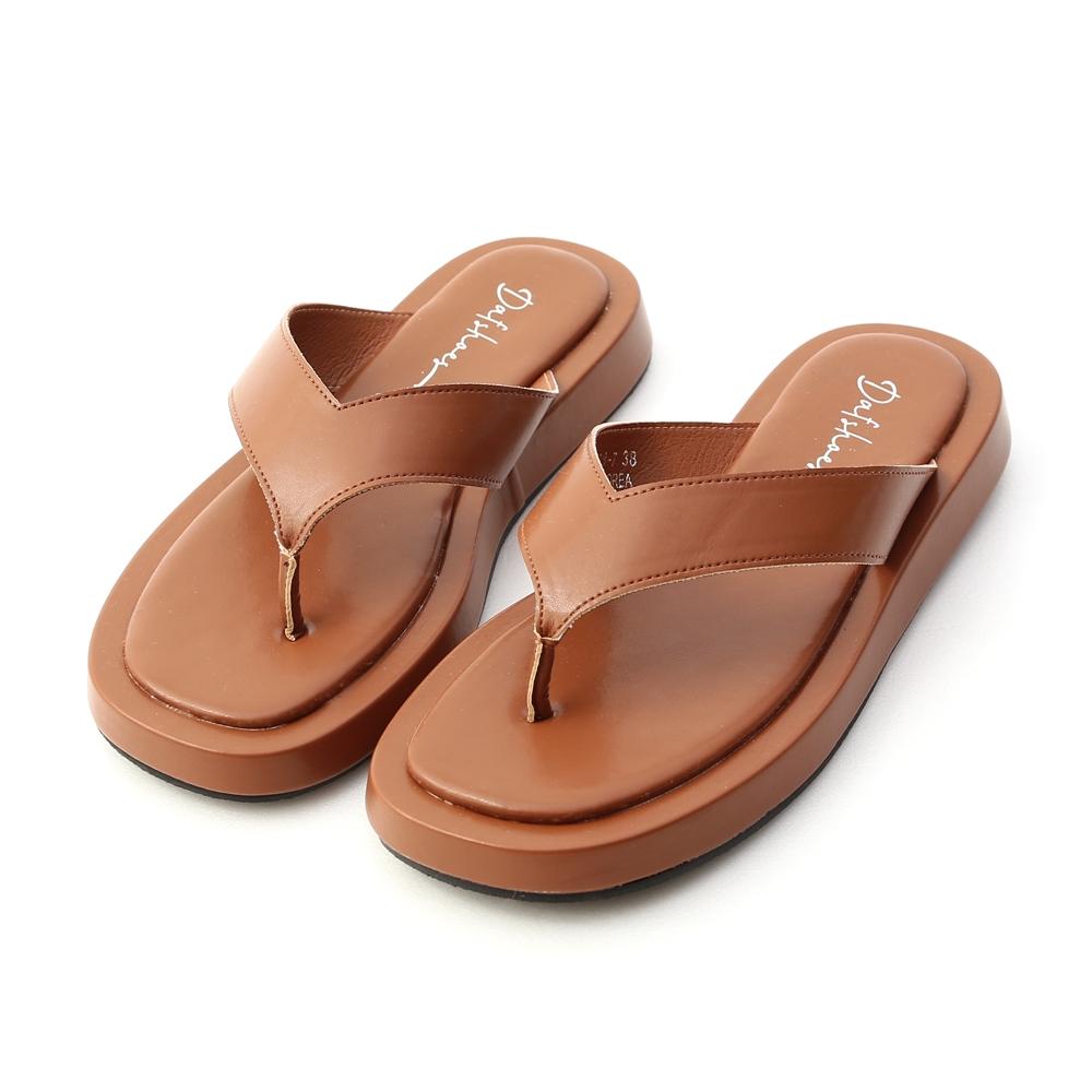 D+AF 沙灘漫步.人字寬帶夾腳厚底拖鞋*棕