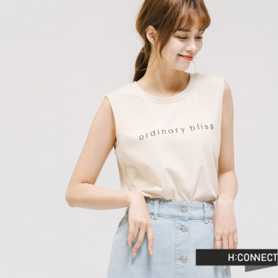 H:CONNECT 韓國品牌 女裝 -圓領素色文字無袖上衣-卡其