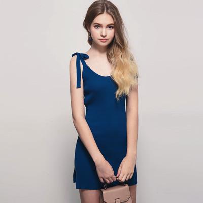 AIR SPACE 綁結肩帶包臀針織洋裝(藍)