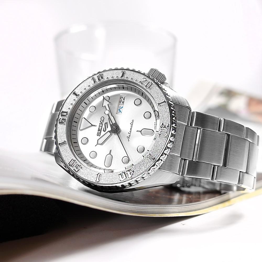 SEIKO 精工 5 Sports 機械錶 自動上鍊 水鬼錶 星期日期 不鏽鋼手錶-銀色/41mm