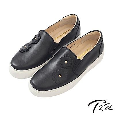 【T2R】全真皮手工立體花樣造型懶人鞋/樂福鞋-黑