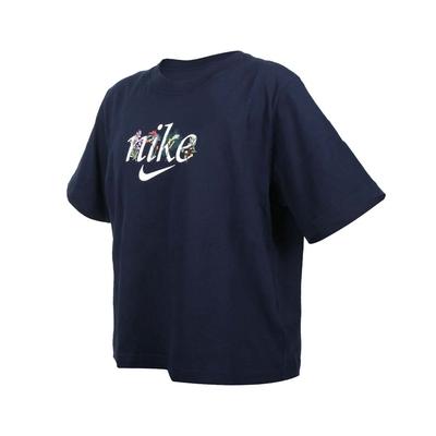 NIKE 女短袖T恤-純棉 慢跑 休閒 上衣 DD1457-451 丈青白紫紅