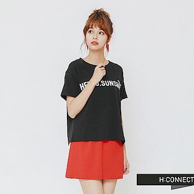 H:CONNECT 韓國品牌 女裝-陽光標語休閒短T-黑