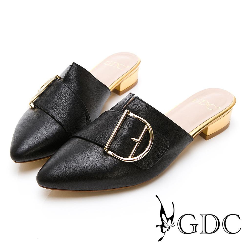 GDC-真皮百搭斜扣尖頭素色基本上班穆勒低跟拖鞋-黑色
