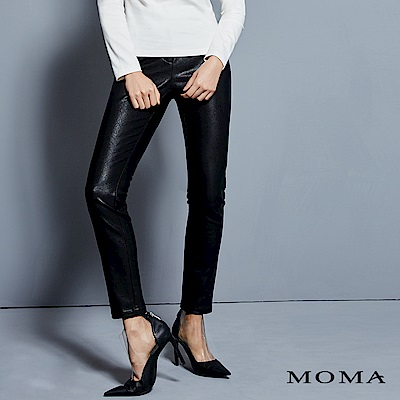 MOMA 人造皮窄褲
