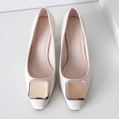 KEITH-WILL時尚鞋館 激推英倫帥氣方扣跟鞋-米