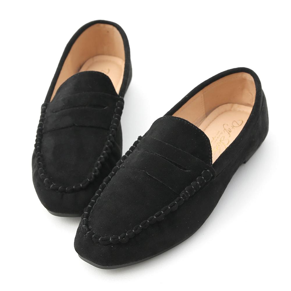 D+AF 自在輕著.經典款絨料平底樂福鞋*黑