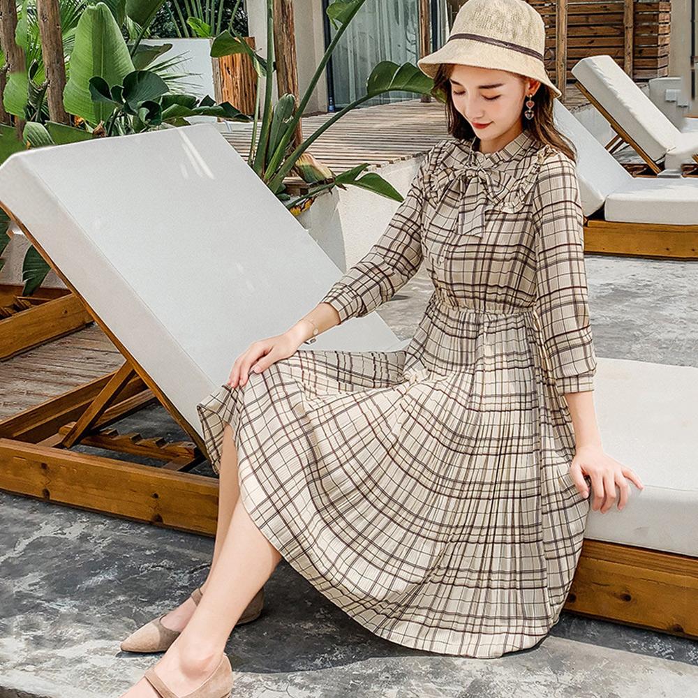 初色  大領結格子雪紡洋裝-杏色-(M-XL可選)