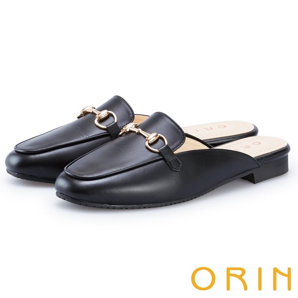 ORIN 復古馬銜釦牛皮平底穆勒鞋 黑色