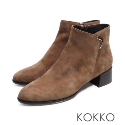 KOKKO - 交叉V字尖頭真皮粗跟拉鍊短靴 - 駝灰色