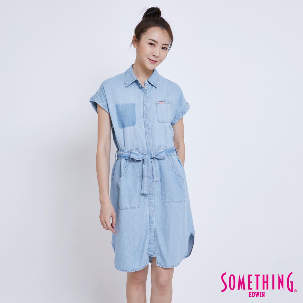 SOMETHING 率性綁帶 牛仔襯衫洋裝-女-漂淺藍