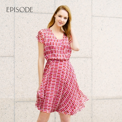 EPISODE - 輕薄飄逸氣質幾何印花V領短袖真絲洋裝(紅)