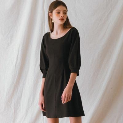 AIR SPACE LADY 典雅小膨袖背綁帶洋裝(黑)