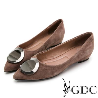 GDC-真皮尖頭歐美簡約圓釦磨砂感平底包鞋-駝色