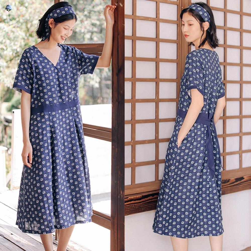 洋裝-亞麻印花v領短袖寬鬆文藝碎花長裙-設計所在