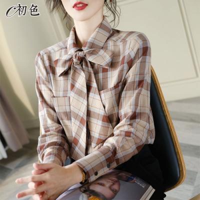 初色  蝴蝶結領格紋襯衫-共2色-(M-2XL可選)