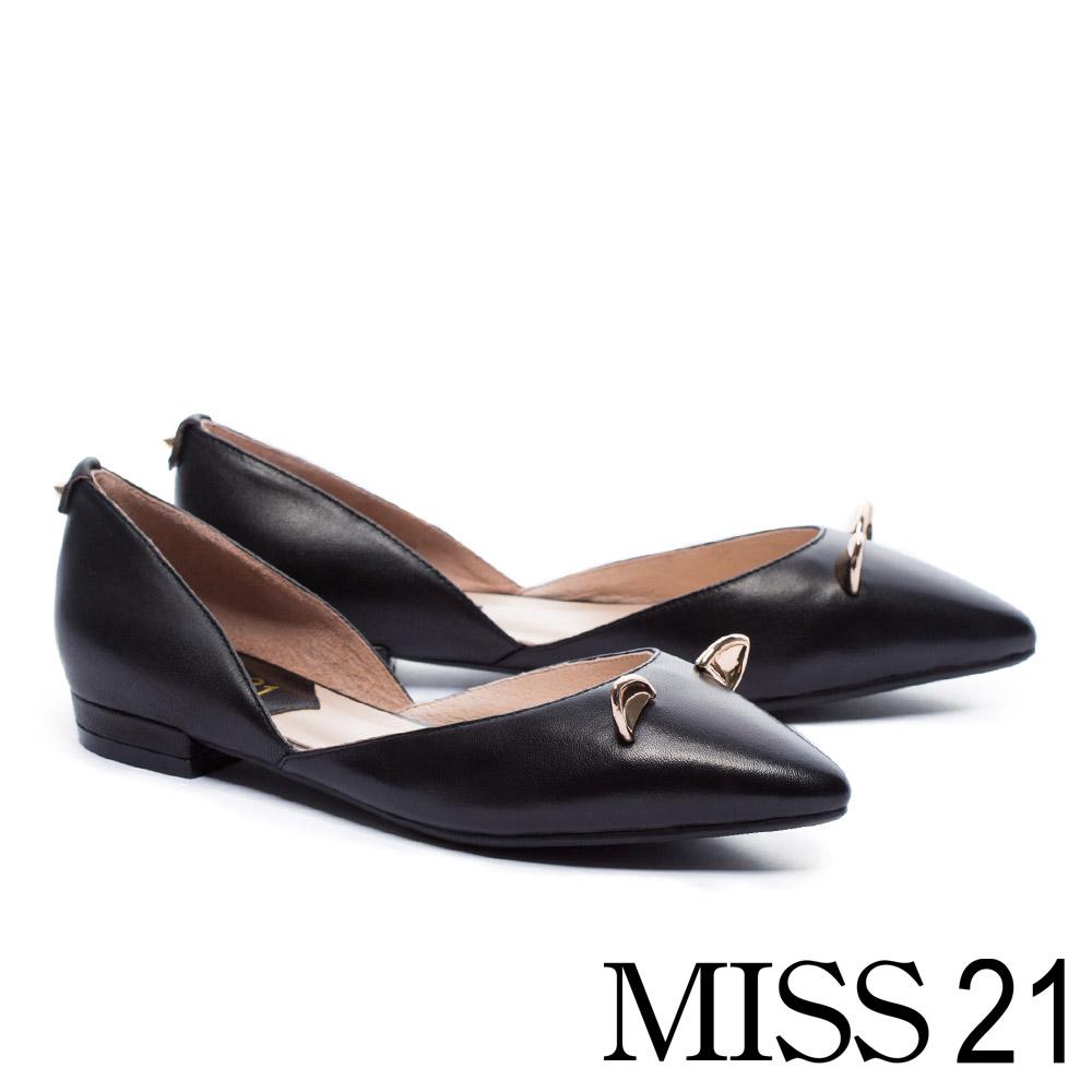 低跟鞋 MISS 21 復古俏皮立體小貓耳羊皮尖頭低跟鞋-黑