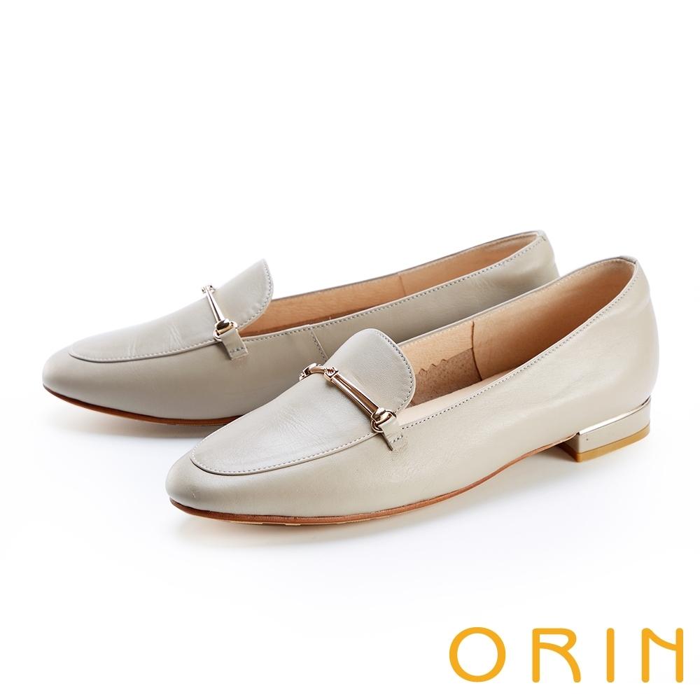 ORIN 金屬鍊條真皮平底 女 樂福鞋 可可