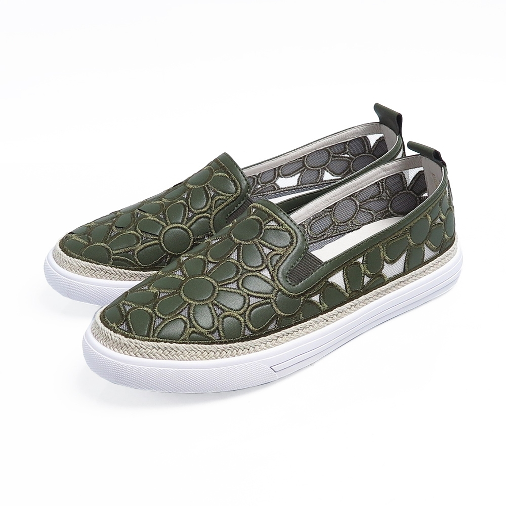 KOKKO夢迴花海鏤空羊皮輕量休閒鞋橄欖綠