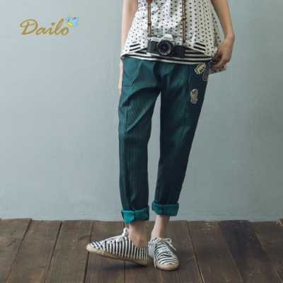 【Dailo】潮流貼布款條紋長褲(一色)