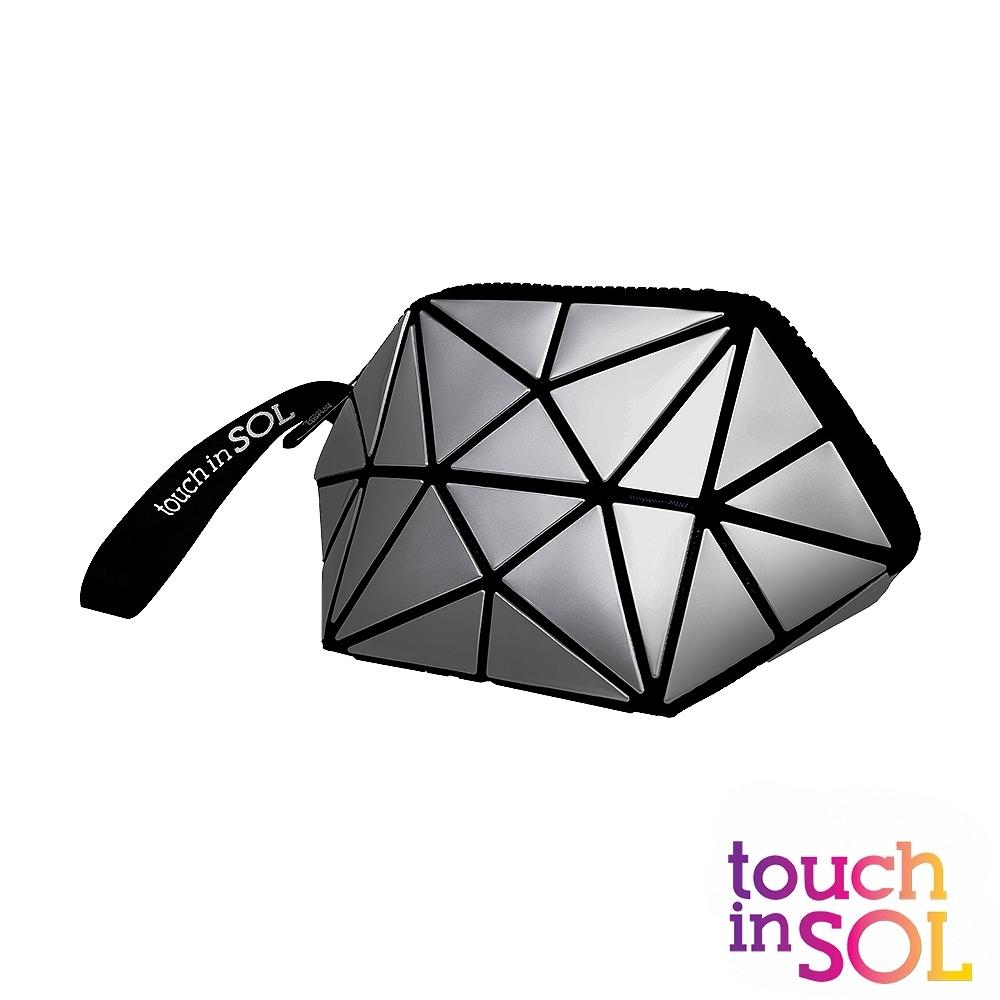 韓國Touch in SOL光之瀅 銀色化妝包